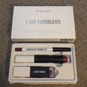 Realher I Am Fabulous Lip Kit- Deep Red